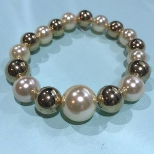 3/$25 gold &cream beaded elastic bracelet